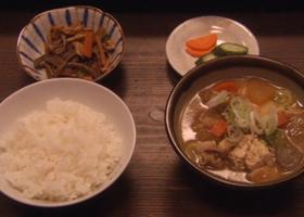 3) 톤지루(돼지고기된장)정식