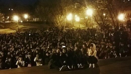 10. 에이핑크는 2014년 4월 6일, '인기가요' 방송 후 팬들과 인근 공연에서 피자를 먹었다. 당시 주문한 피자 업체는?