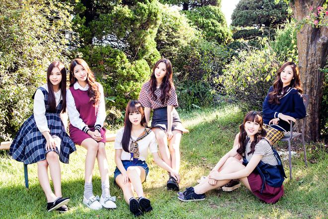 여자친구 - 엄지/소원/유주/은하/예린/신비(왼쪽부터)